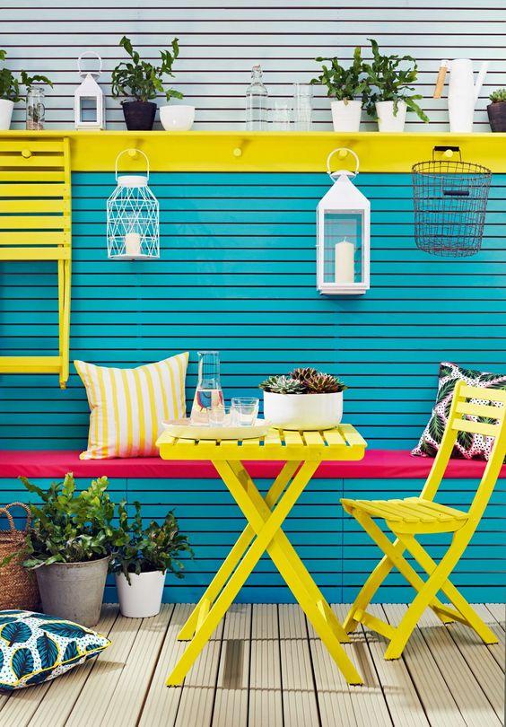 Brightly coloured garden